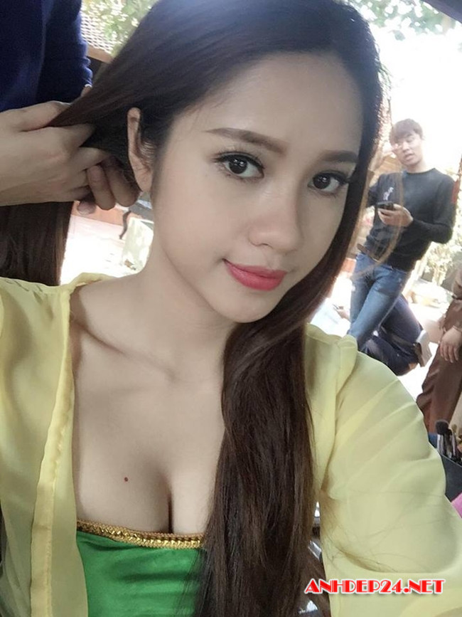 Hot girl Anh Tuyết